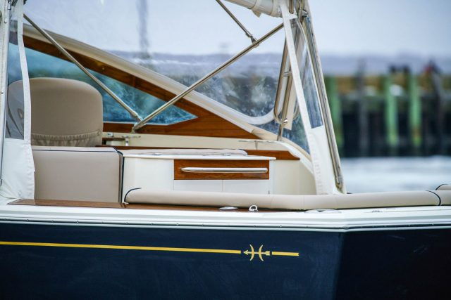 Hunt Yachts Harrier 32
