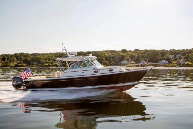 Hunt Yachts_Surfhunter 32