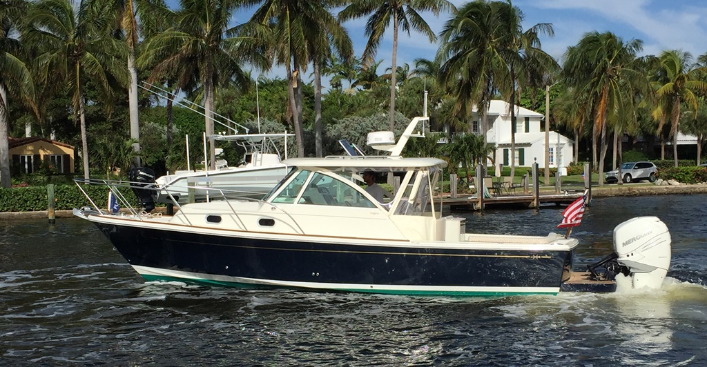 hunt-yachts-surfhunter-32-demo-available