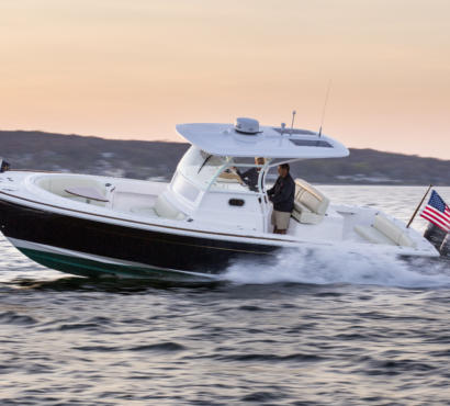Hunt 32CC Gets Rave Reviews from BoatTest.com