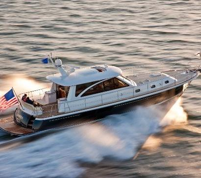HUNT PERFORMANCE SERIES Article #2 The HUNT DEEP V HULL in 2011, a Masterpiece of Performance