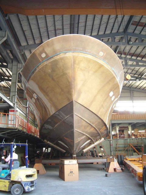 Hunt Yachts Construction