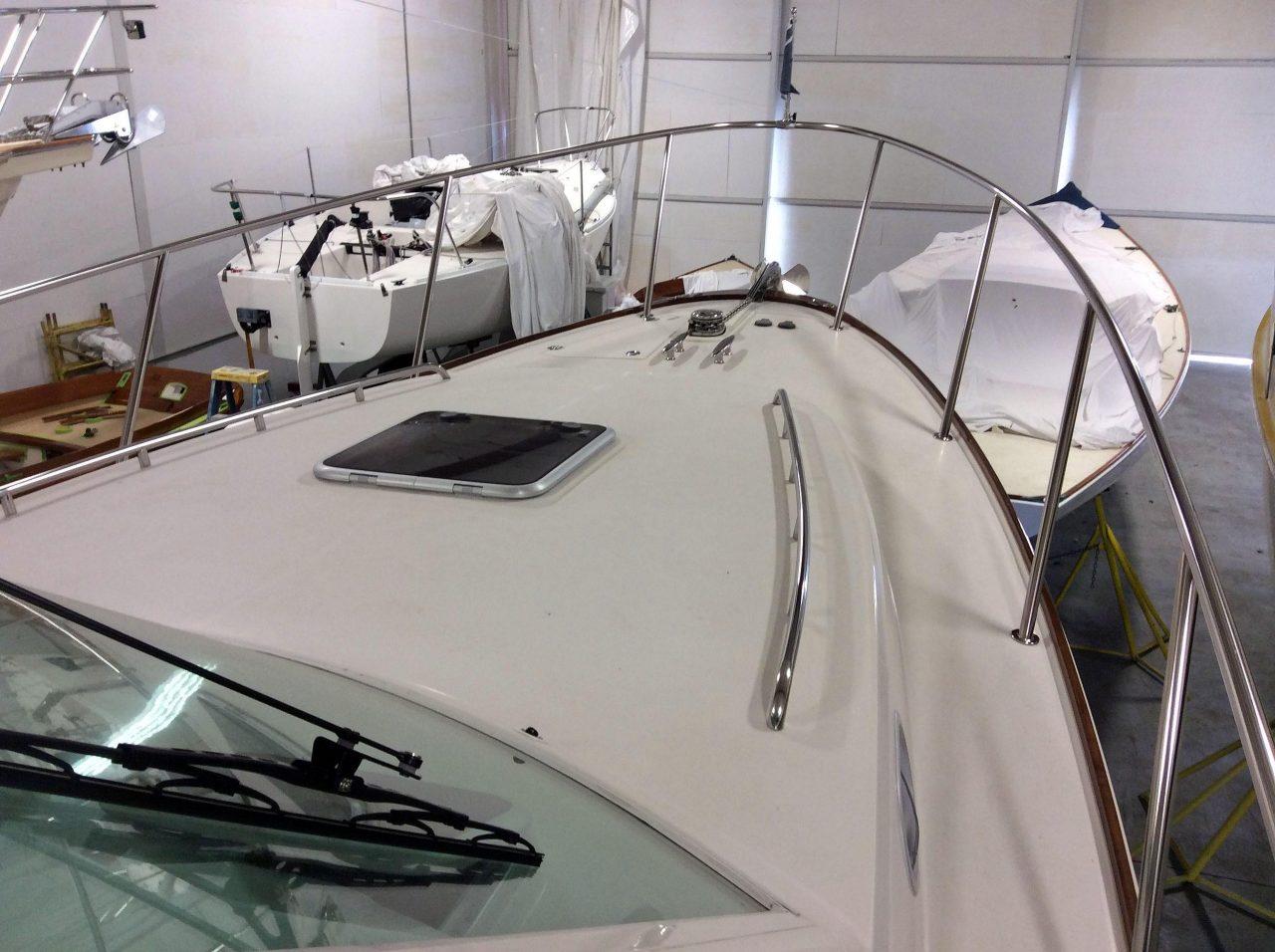 AURORA | Hunt Yachts